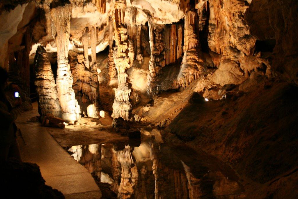 La Grotte de Limousis