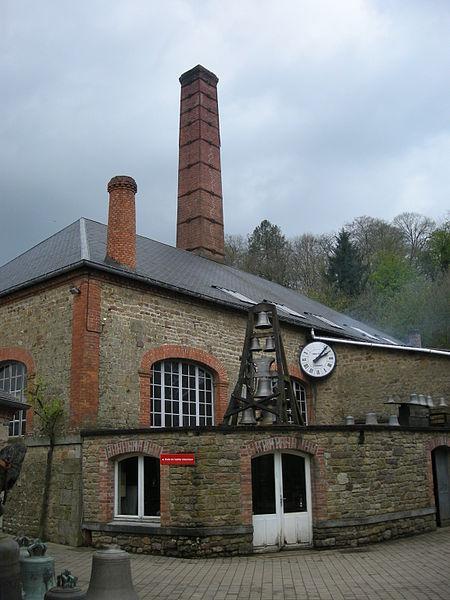 Fonderie de Cloches Cornille Havard Par Ji-Elle (Travail personnel) [Public domain], via Wikimedia Commons
