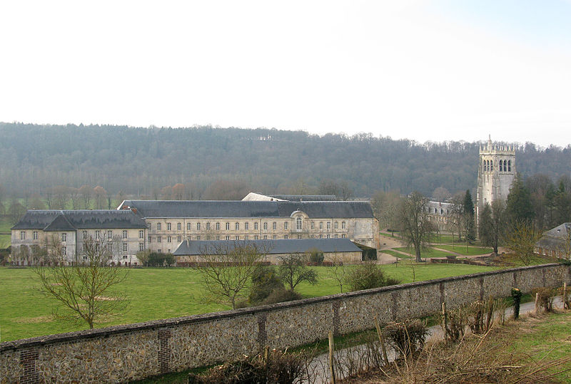 Abbaye de Notre-Dame du Bec By Roland Brierre CC BY-SA 3.0 via Wikimedia Commons