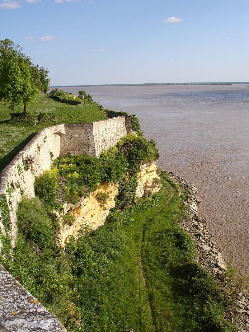 Citadelle de Blaye By --Pinpin CC-BY-SA-3.0 via Wikimedia Commons