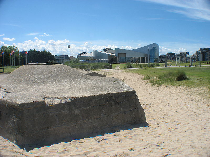 Centre Juno Beach Par Dr. Alexander Mayer CC BY-SA 3.0 via Wikimedia Commons