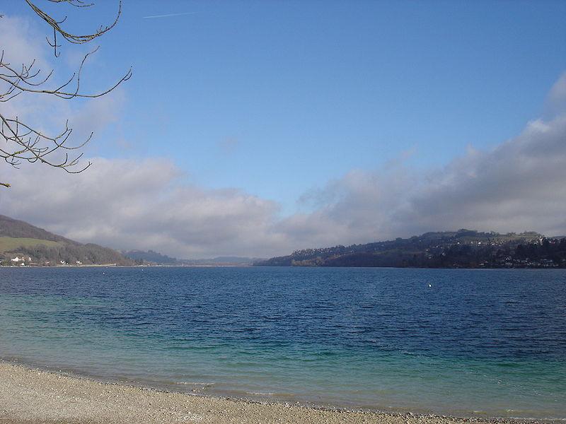 Lac de Paladru By MFD CC BY-SA 3.0 via Wikimedia Commons