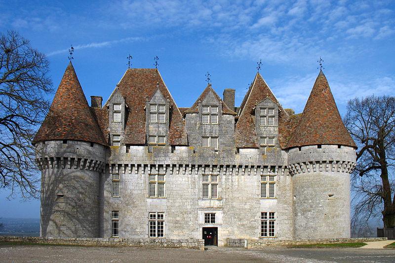 Le Château de Monbazillac Par Monster1000  CC BY-SA 2.5-2.0-1.0 via Wikimedia Commons