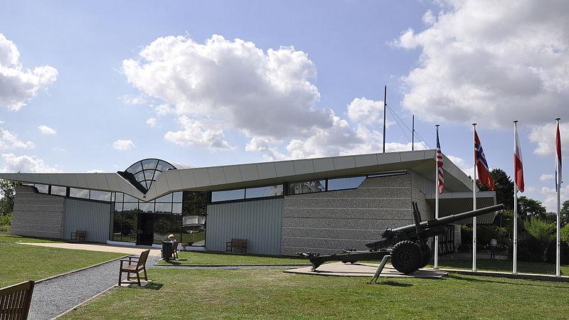 Mémorial  Pegasus By Paul Hermans CC BY-SA 3.0 via Wikimedia Commons