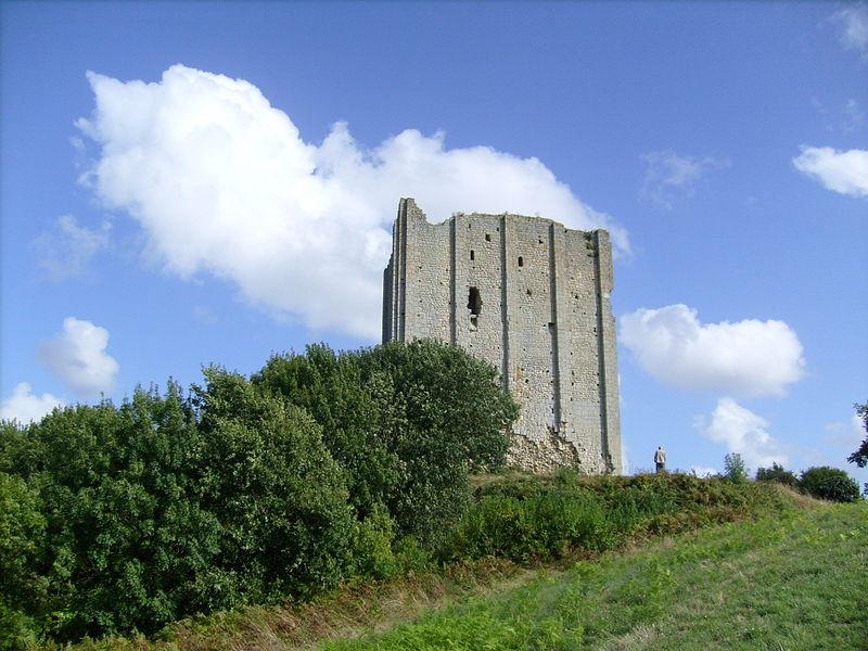 Tour de Broue By Cobber17 CC BY-SA 3.0 via Wikimedia Commons