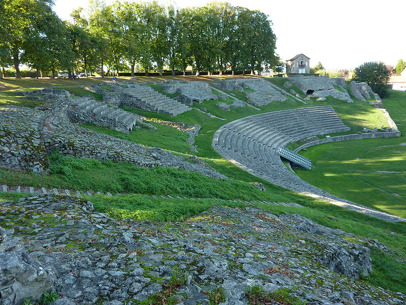 Théâtre romain d'Autun By Kokin via Wikimedia Commons