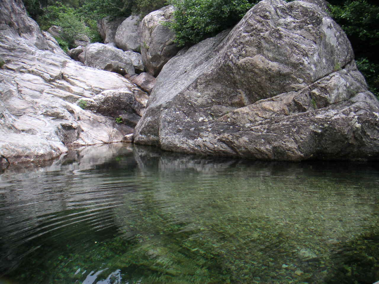 Les Gorges de Colombiéres By TouN at French via Wikimedia Commons
