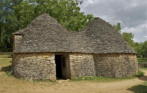 Cabanes du Breuil Par Jebulon via Wikimedia Commons