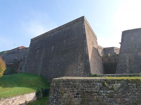 Citadelle de Bitche By Ji-Elle CC BY-SA 3.0 via Wikimedia Commons