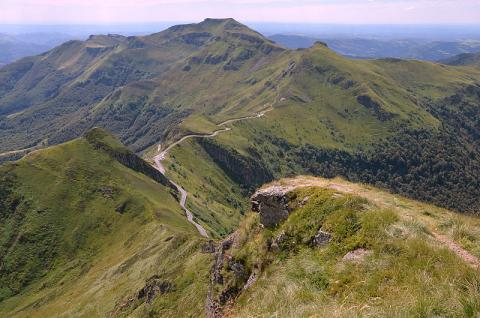 Le Puy Mary By Pline CC BY-SA 3.0 via Wikimedia Commons