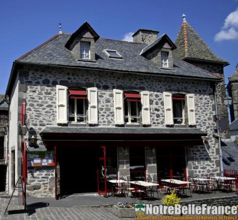 Le village de Salers
