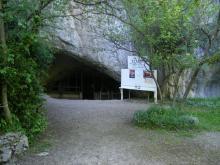 Entrée de La Grotte Préhistorique de La Vache