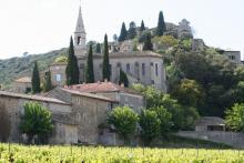 La Roque-sur-Cèze (source:wiki)