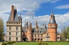 Château de Maintenon By Eric Pouhier CC BY-SA 4.0-3.0-2.5-2.0-1.0  via Wikimedia Commons