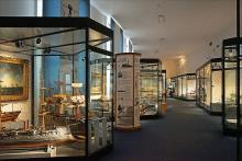 Le musée national de la Marine (Paris) Par Jean-Pierre Dalbéra  CC BY 2.0  via Wikimedia Commons