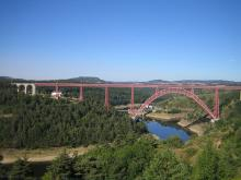 Le viaduc de Garabit By Sébastien Bertrand CC BY 2.0  via Wikimedia Commons