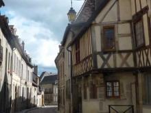 Porte Saint-André à Autun en vidéo