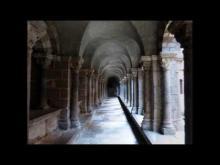 Le Cloître de la cathédrale du Puy en Velay en vidéo
