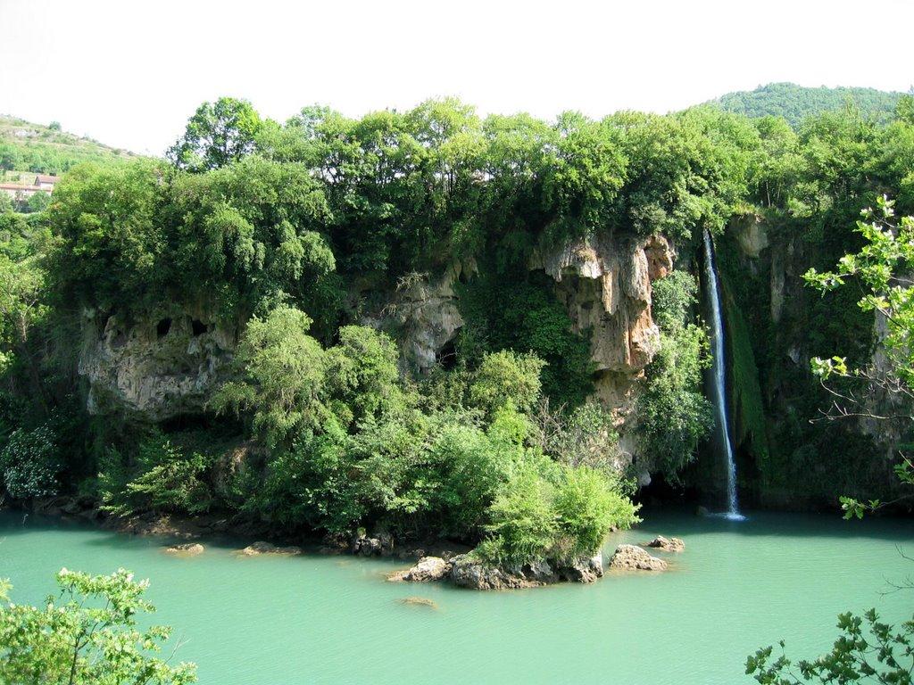 12 La cascade des Baumes