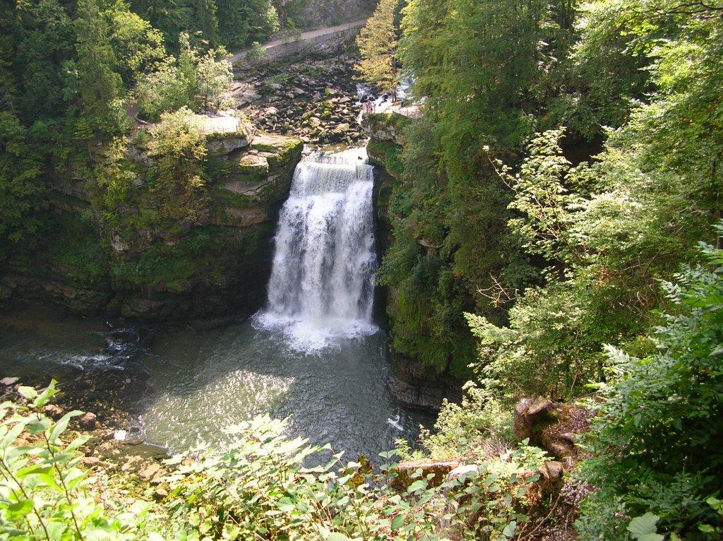 17 la cascade du Saut du Doubs