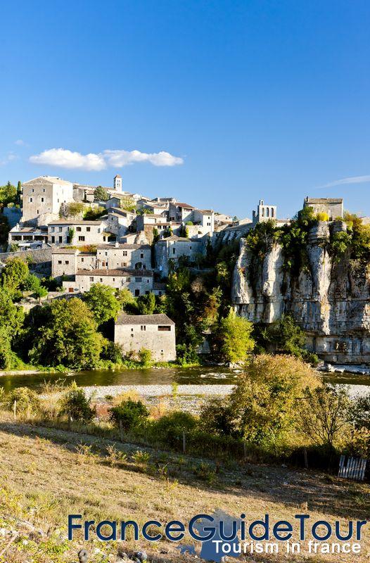 Villes Et Villages Medievaux De France