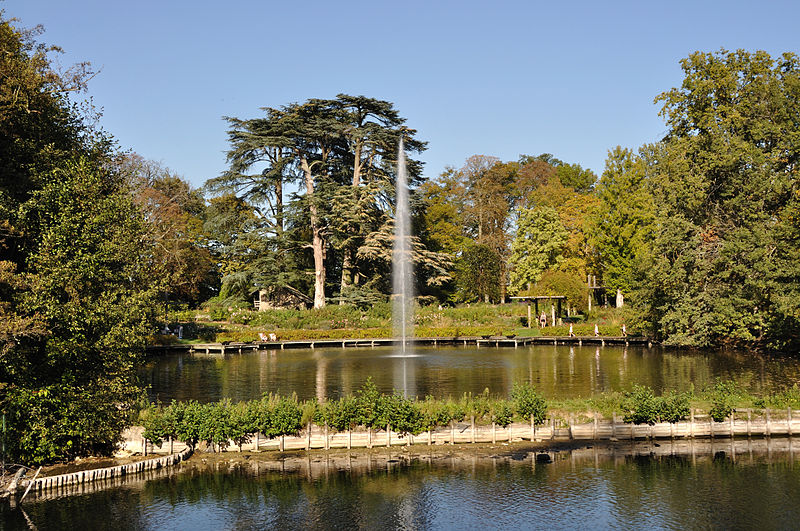 Parc floral de la Source By Gentil Hibou (Own work) CC BY-SA 3.0 via Wikimedia Commons