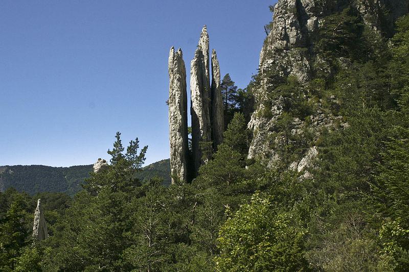 Les Sucettes de Borne By Morburre CC BY-SA 3.0 via Wikimedia Commons