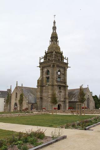 Ploudalmézeau By Michel Briand CC BY-SA 3.0 via Wikimedia Commons