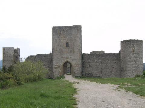 Le Château de Puivert By Babsy CC BY 3.0 via Wikimedia Commons