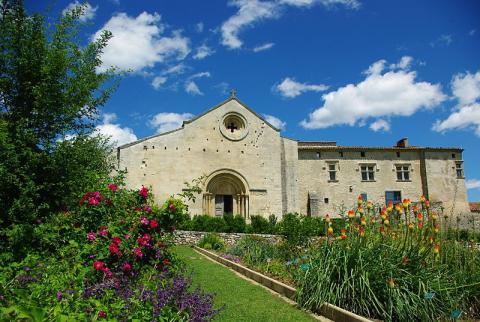 Musée Conservatoire ethnologique de Salagon By © Service communication du Conseil général des Alpes de Haute-Provence (Own work) CC BY-SA 3.0via Wikimedia Commons