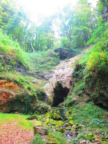 Antheuil - Grotte du Bel Affreux