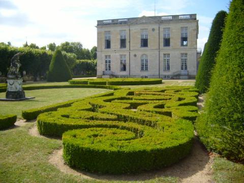 Château de Bouges By SiefkinDR via Wikimedia Commons
