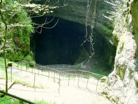 La Grotte de la Glacière