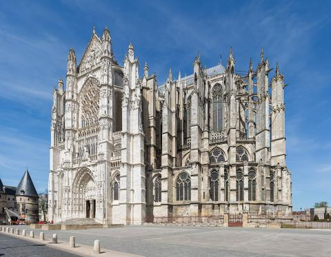 Cathédrale Saint-Pierre de Beauvais By Diliff via Wikimedia Commons