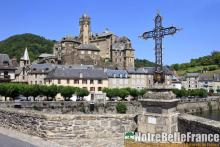 Le village d'Estaing