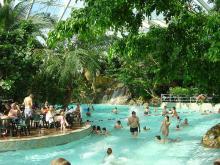 Parc de loisirs Center Parcs Sologne CC BY-SA 2.5-2.0-1.0 via Wikimedia Commons