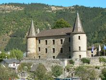 Château de Florac By Ancalagon CC BY-SA 3.0 via Wikimedia Commons