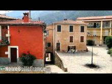 Le village de Coaraze est Vidéo