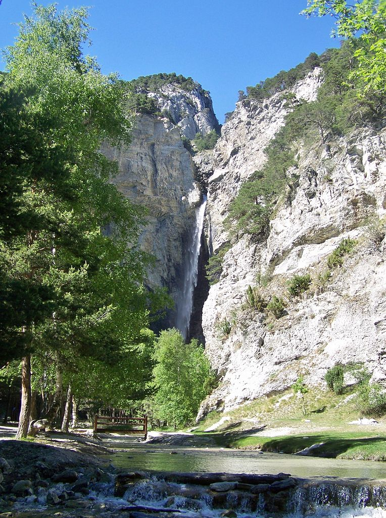 10 La cascade Saint-Benoît
