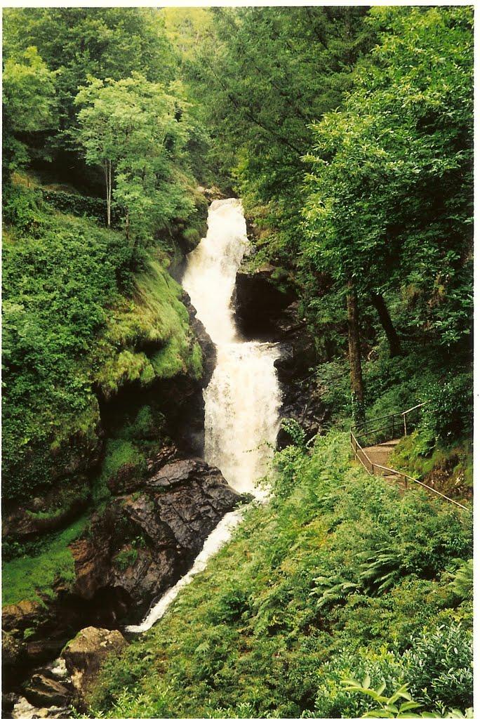 2 cascades de Gimel