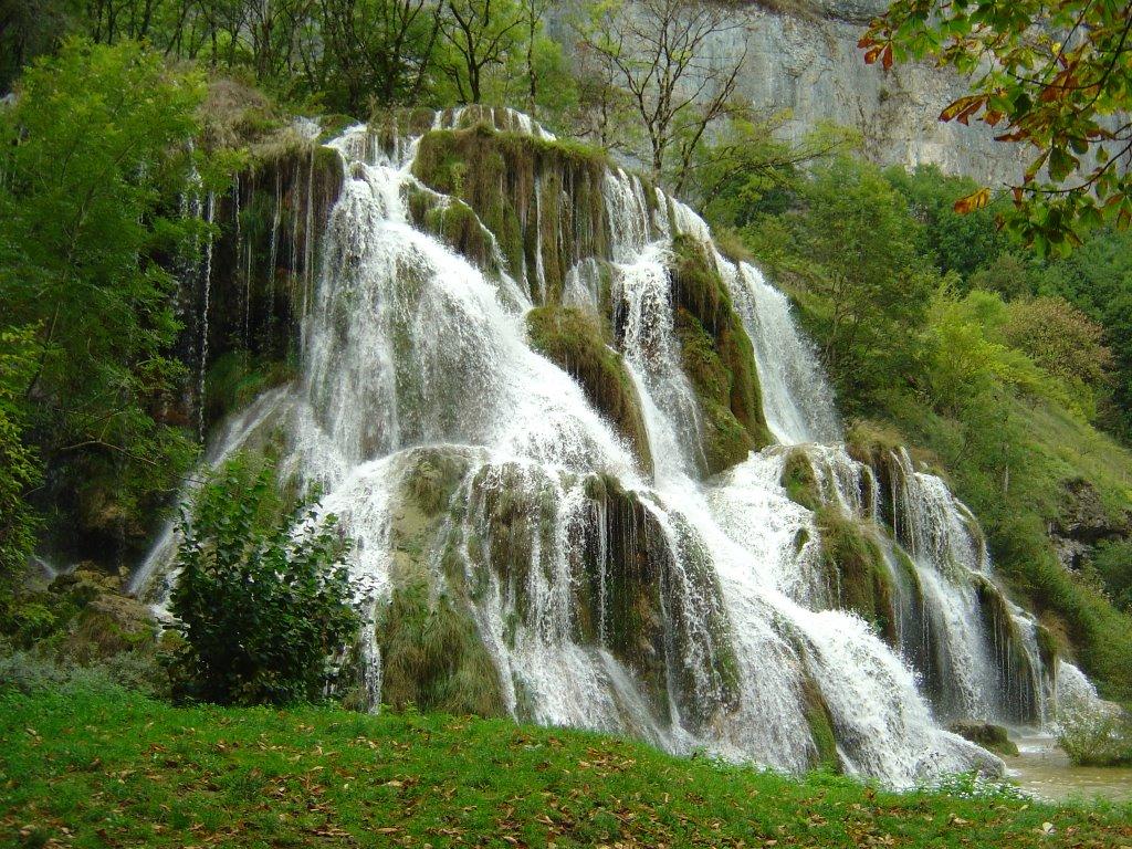 6 La cascade du Dard